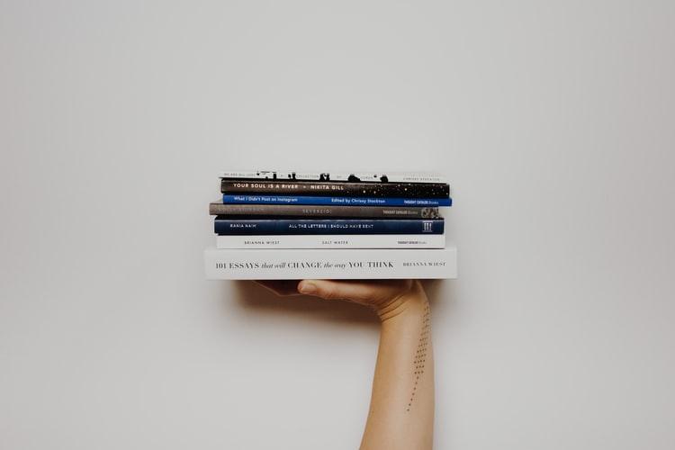 RECORD: Come ho letto 57 libri in un anno (e come puoi farlo anche tu)